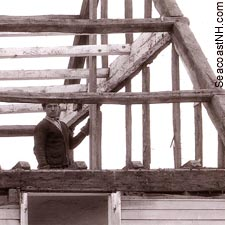 Workmen deconstructing the Wentworth House in 1926 / Courtesy Richard Candee on SeacoastNH.com
