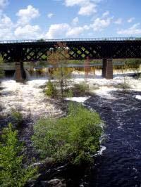 Salmon Falls River outisde Fogarty's/SeacoastNH.com