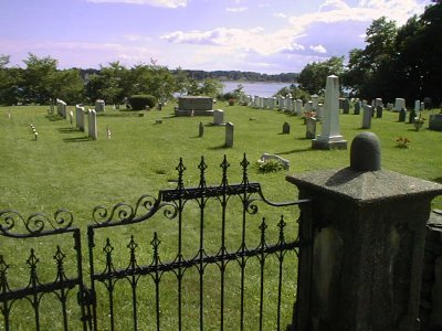 Old Burying Ground, Kittery Point, ME (c) SeacoastNH.com