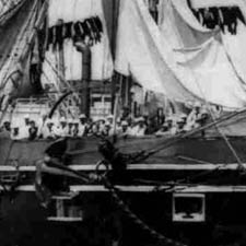 Crew on USS POrtsmouth in Portsmouth Harbor / Strawbery Banke ARchive