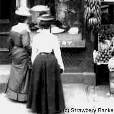 Women window Shopping in Portsmouth (c) Strawbery Banke Museum on SeacoastNH.com
