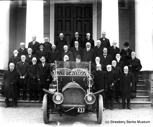 Elders of Portsmouth, NH with 1909 Duryea / Strawbery Banke Museum archives