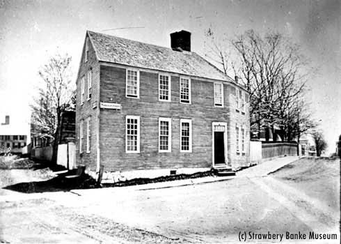 NH Gazette office in Portsmouth, NH / Strawbery Banke Archive