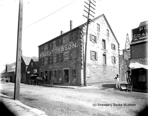 Stone Store on Market St in Portsmouth, Nh / Strawbery Banke Archive