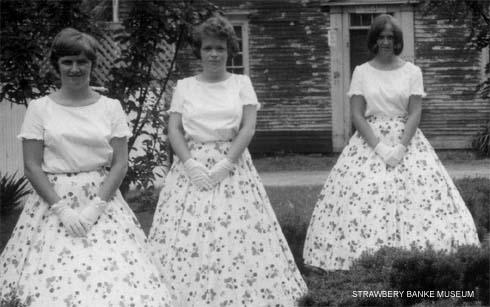Teenage Belles detail 1/ Strawbery Banke