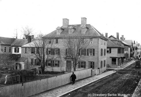 Joseph Brewster Jr House, Portsmouth, NH / (c) STrawbery Banke Archive