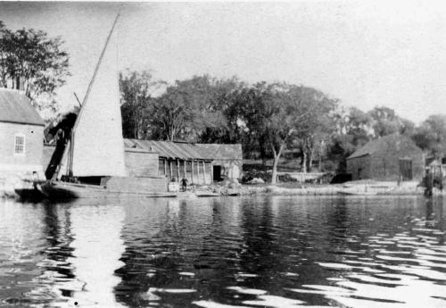Gundalow in the Piscataqua River region (c) Strawbery Banke Museum Archives