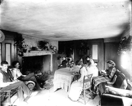 Inside Portsmouth area home (c) Strawbery Banke Archive
