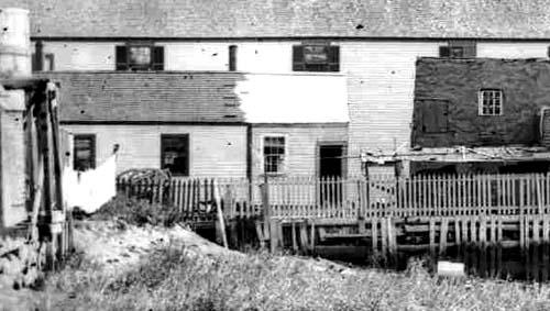 Puddle Dock, POrtsmouth, NH / Strawbery Banke Archives