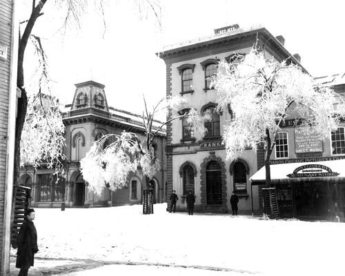 Ice Storm 1886 in market Square (c) Strawbery Banke Archive