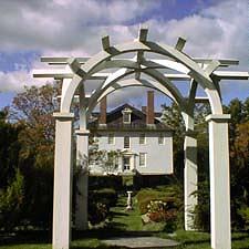 Vuaghan House Garden / SeacoastNH.com