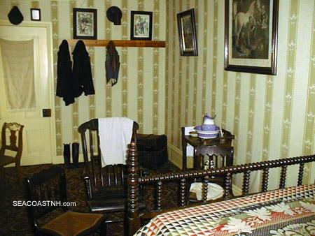 Room where Lincoln died / (c) SeacoastNH.com