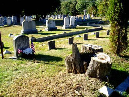 Whittier grave site today in AMesbury / SeacoastNH.com