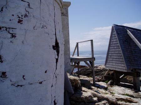 Lighthouse cracks