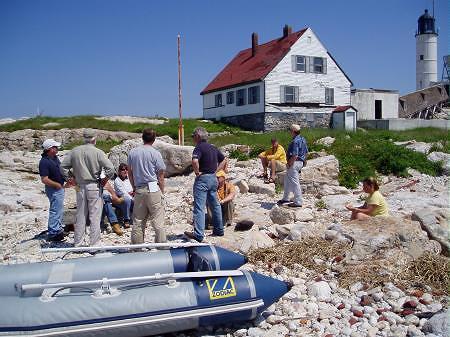 Engineers discuss landing site