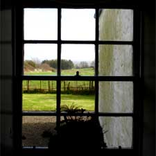 Window of JPJ Cottage / John Lusher