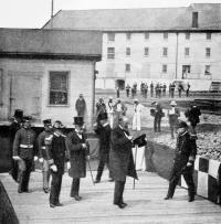 Delegates at the Portsmouth Shipyard 1905 / Treatyofportsmouth.org
