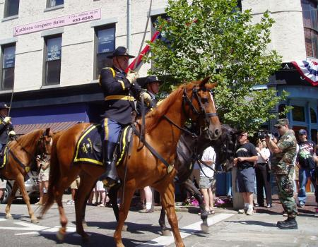 Member of Nh Governor's Mounted Guard / SeacoastNH.com
