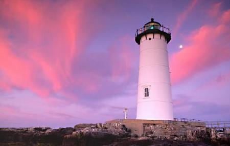 Portsmouth Harbor Light (c) H. Lichtman