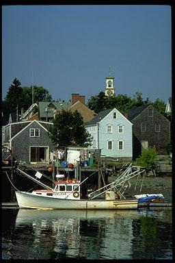 Kittery Harbor (c) Ralph Morang