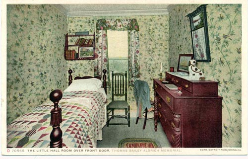 Bailey House Hall Bedroom, Portsmouth, NH / SeacoastNH.com