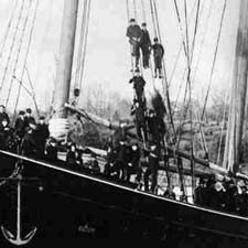Last tall ship launch on the PIScataqua / Strawbery Banke Archive