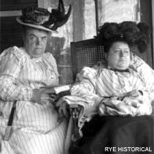Women on the porch of Farragut Hotel on SeacoastNh.com